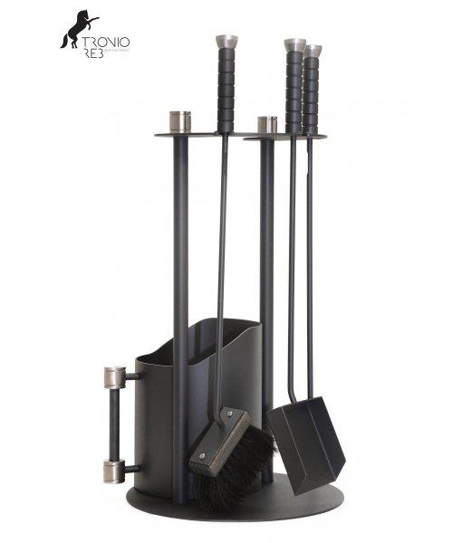 Stojan a koš na dřevo + nářadí - krbové příslušenství Tronio Reb - 3 dílný designový set